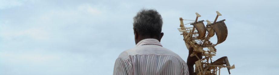 Hikkaduwa – Sri Lanka: funky grandpa and turtles