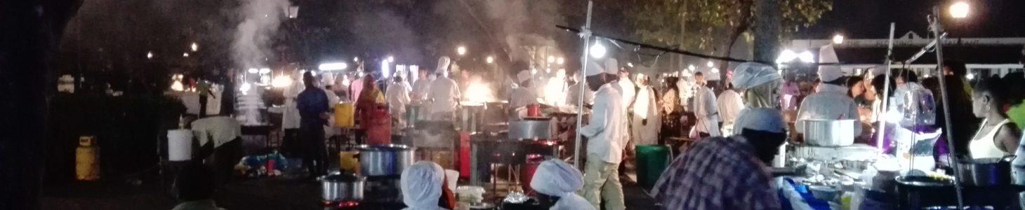 Nell'orientaleggiante Stone Town (Zanzibar) tra pizzaioli e Freddie Mercury..