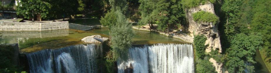 Jajce tra cascate, città museo e Ćevapi: la favola della Bosnia Erzegovina