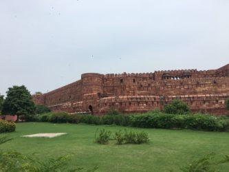 Il forte di Agra: Cosa vedere ad Agra quando il Taj Mahal è chiuso?