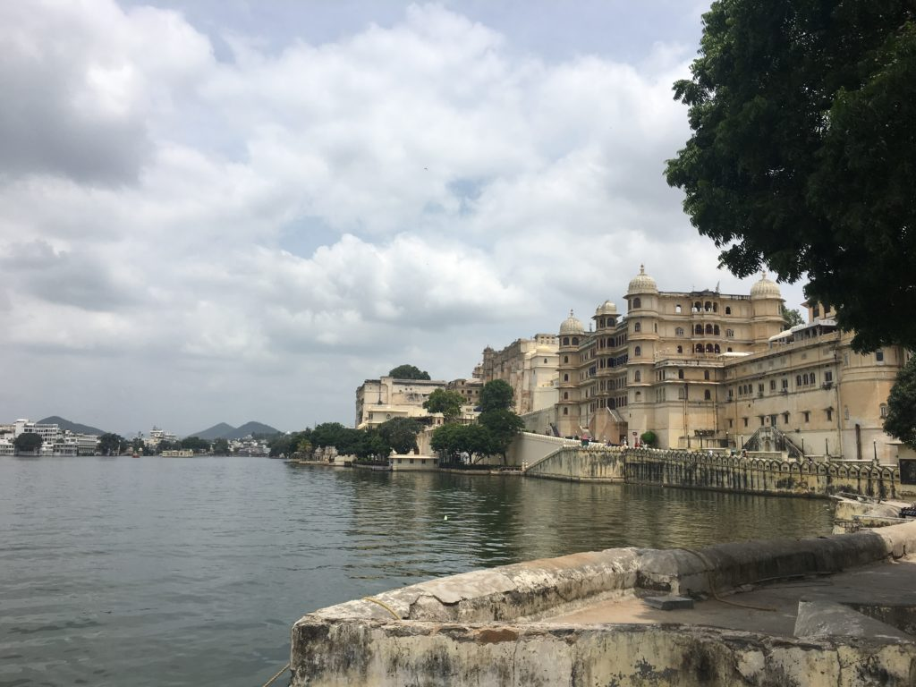 udaipur lake