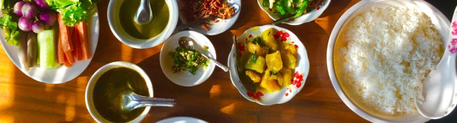 Food in Myanmar (Burma): what and where to eat – from breakfast to dinner (snack included!)