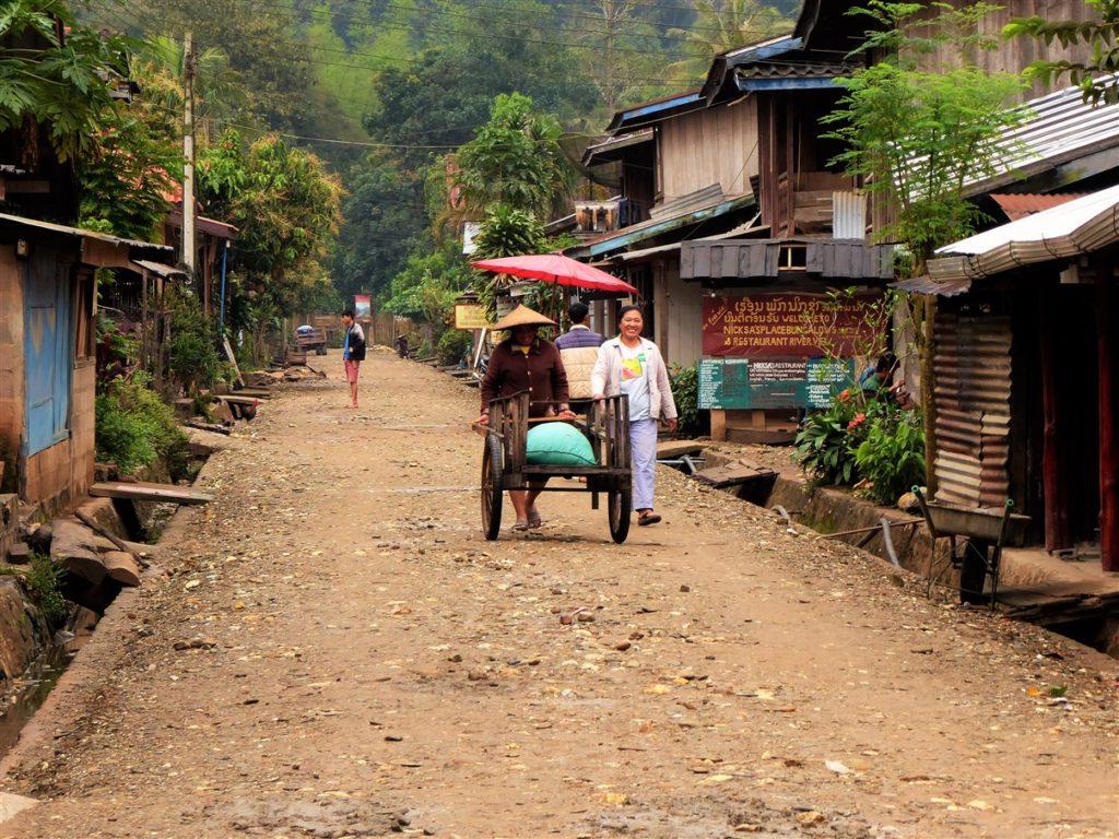 confine laos vietnam