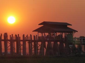 What to see near Mandalay: the U-Bein bridge