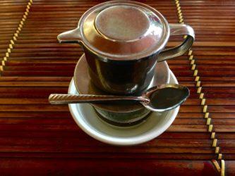 Il caffè vietnamita: caldo, freddo, con l'uovo o pregiato