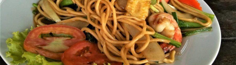 Come non mangiare troppo in viaggio: mantenere la linea anche lontano da casa