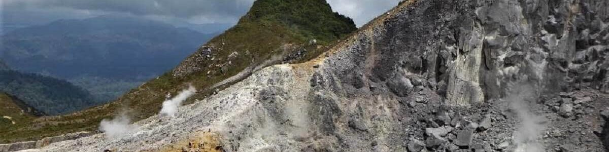 Vulcano in Indonesia su cui salire? Sibayak a Sumatra