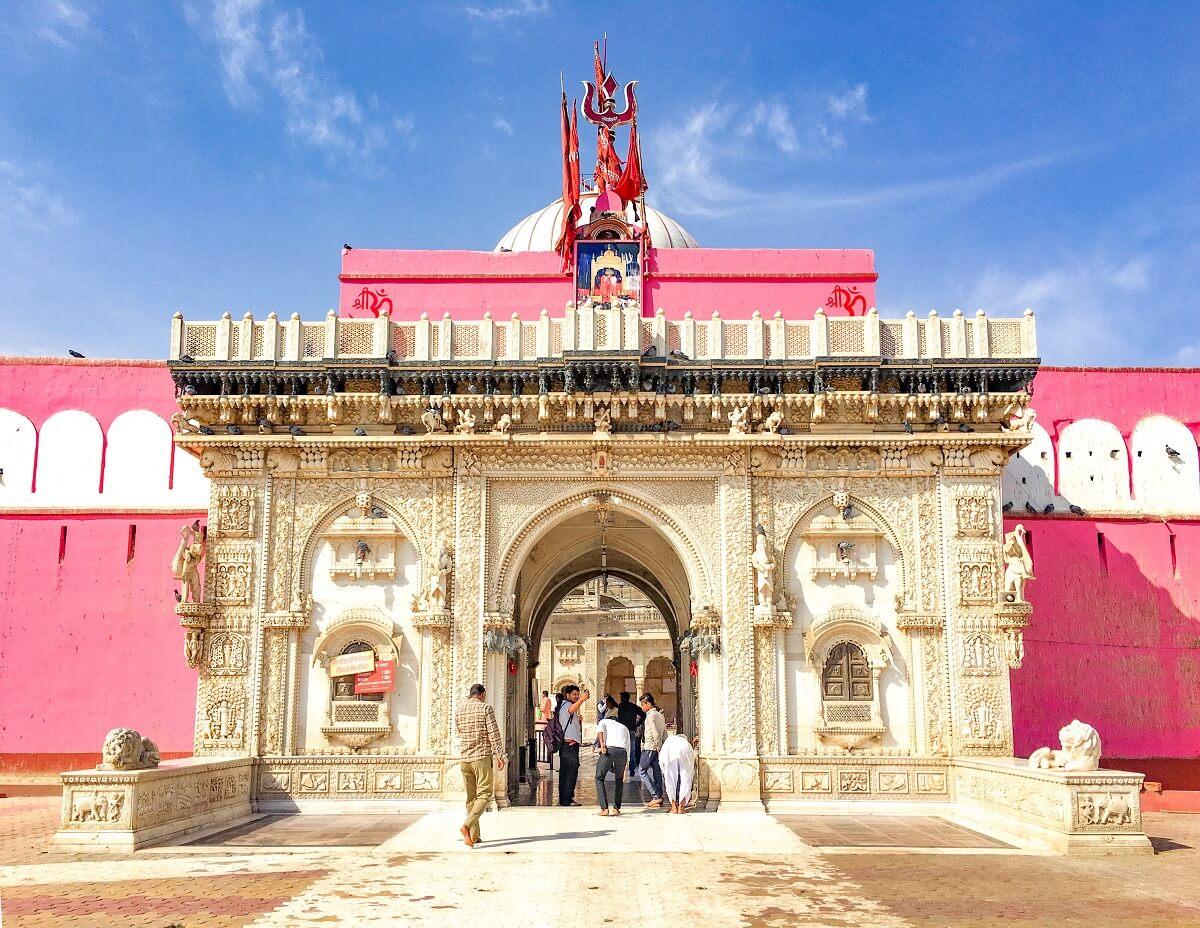 tempio topi india