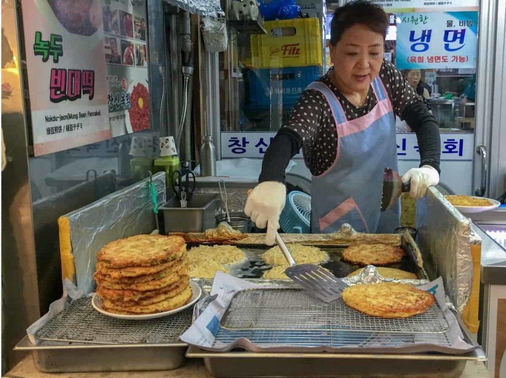 cibo coreano pajeon - pancake alla zucca