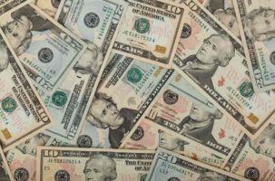 Prelevare negli Stati Uniti: carte o contanti?